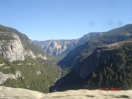 Yosemite National Park: Vedere de asamblu la Yosemite