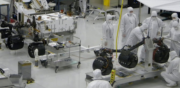 Construction of the Mars NASA Rover Rocker-Bogie System