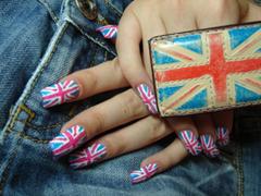 Британский маникюр
