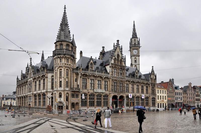 Gent_Korenmarkt_Oud_Postkantoor_9-11-2010_16-28-56.JPG