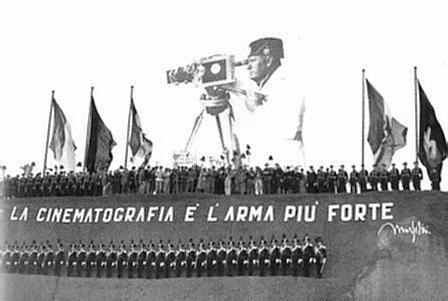 Mussolini_cinema.jpg