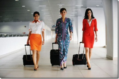 stewardesses_from_all_over_the_world_640_26