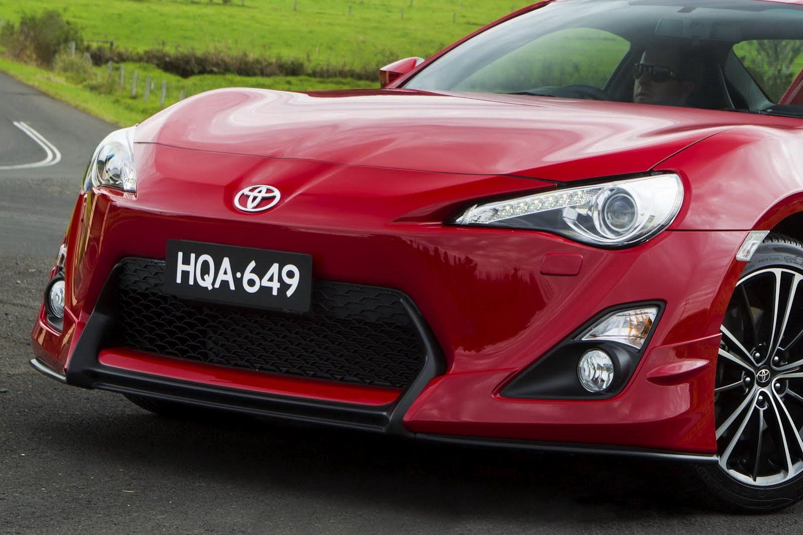 2012-Toyota-GT-86-Aero-Package-5.jpg?imgmax=1800