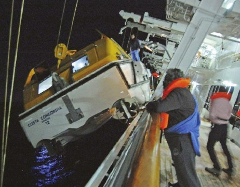 Naufragio concordia scialuppe 145330