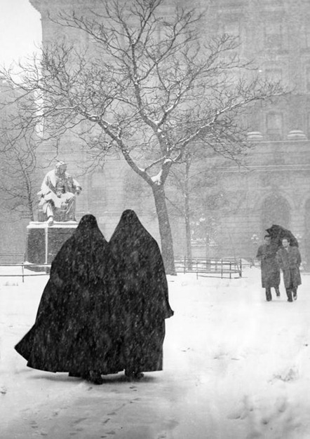 nuns-in-snow-new-york-city-1946-melissa-a-benson