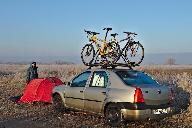 Camping salbatic, pe undeva pe langa Lugoj.