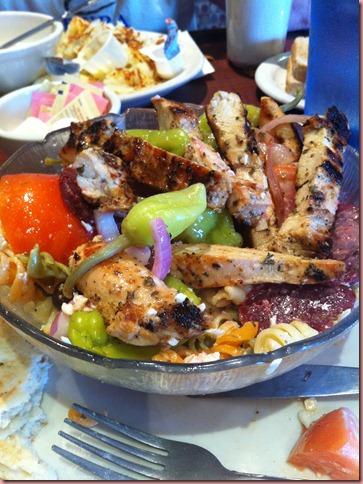 greekpastasalad
