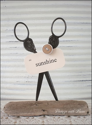 Repurposed Scissors Card Holder - Vintage with Laces