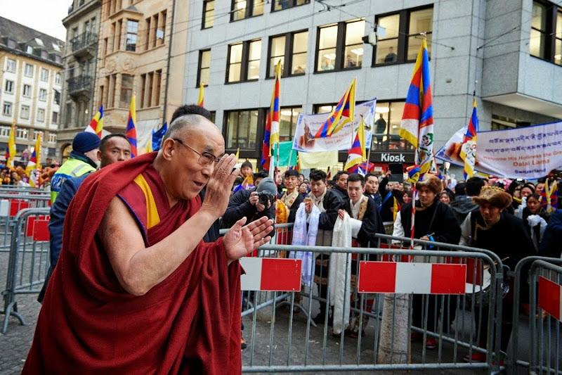 Thời sự tin tức Phật giáo thế giới - Người Áo Lam - 003