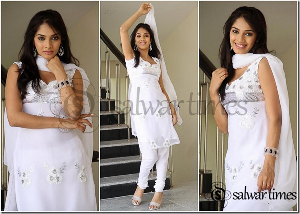 Sleeveless_White_Salwar_Kameez