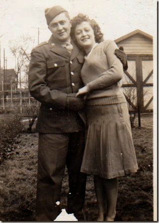UncleFrancis&Mom1944