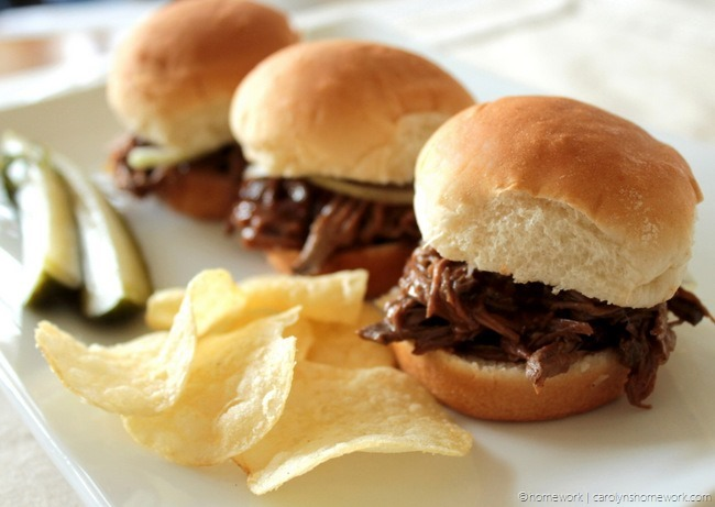 GOOD TASTE: Crockpot Shredded Beef {BBQ Beef Sliders} | DIY