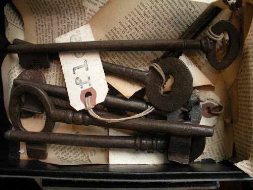 Antique keys are a good reminder that every vintage item has a whole story.