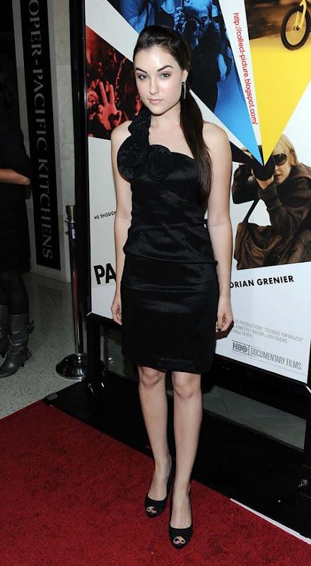 Sasha Grey Celebrity Style Trend (5)