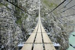 Jembatan Gantung Trift.      Swiss