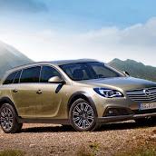 Yeni-Opel-Insignia-Country-Tourer-2014-5.jpg