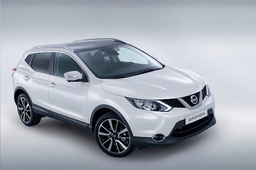 2014-Nissan-Qashqai-07.jpg