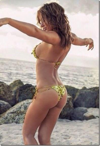 summer-bikinis-babes-036