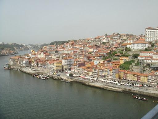 We reizen via Porto