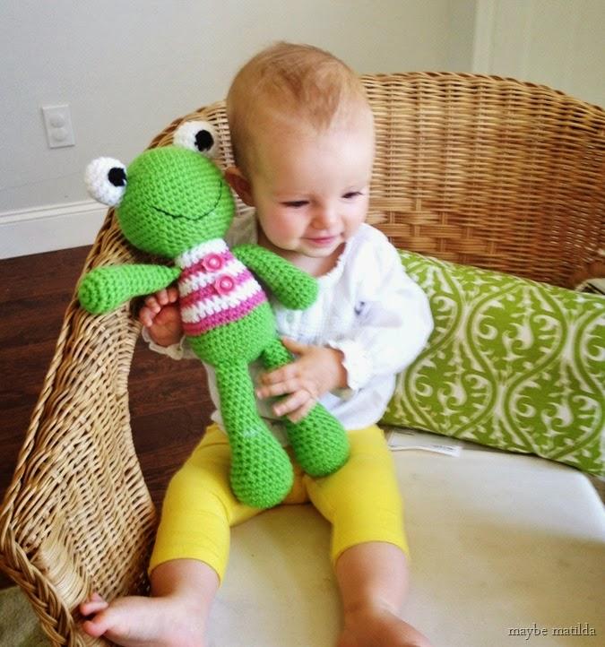 crochet frog // www.maybematilda.com