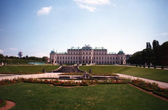 10. Palatul Belvedere de Sus.jpg