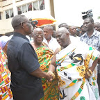 tn_Prez of Brong Ahafo Hse of Chiefs thanking Prez Mills for the visit.JPG