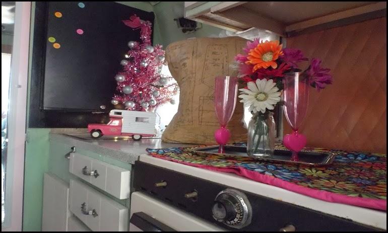 vintage camper 2 interior 3