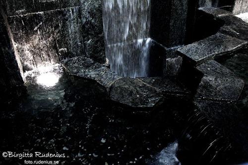 water_20120108_WestEnd