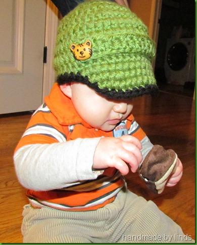 eli's new hat 003