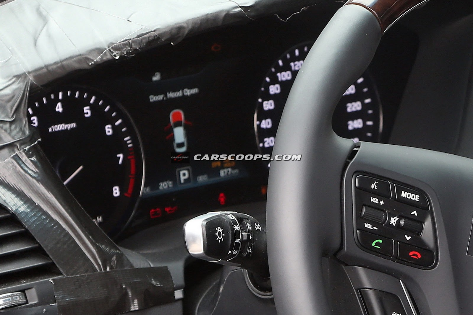 2015-Hyundai-Genesis-11Inside-Out%255B3%255D.jpg