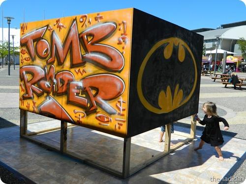 EB Expo - Street Art -  Tomb Raider and Batman