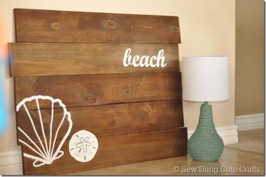 Beach Plank Sign & Rope Lamp