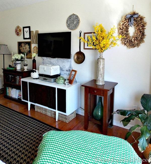 Spring Living Room2