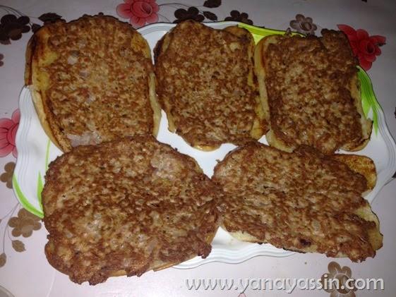 Resepi Roti John Senang & mudah & Sedap