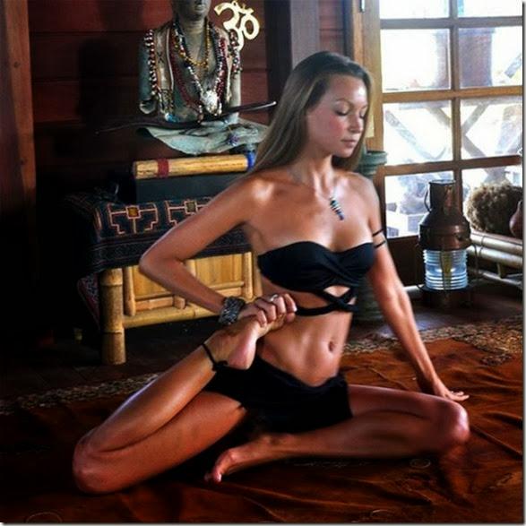girls-stretching-yoga-013