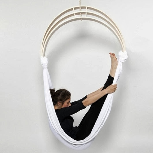 flexible-zen-circus-yoga-chair-2