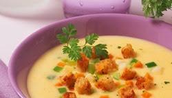 feine-kartoffelsuppe-mit-croutons