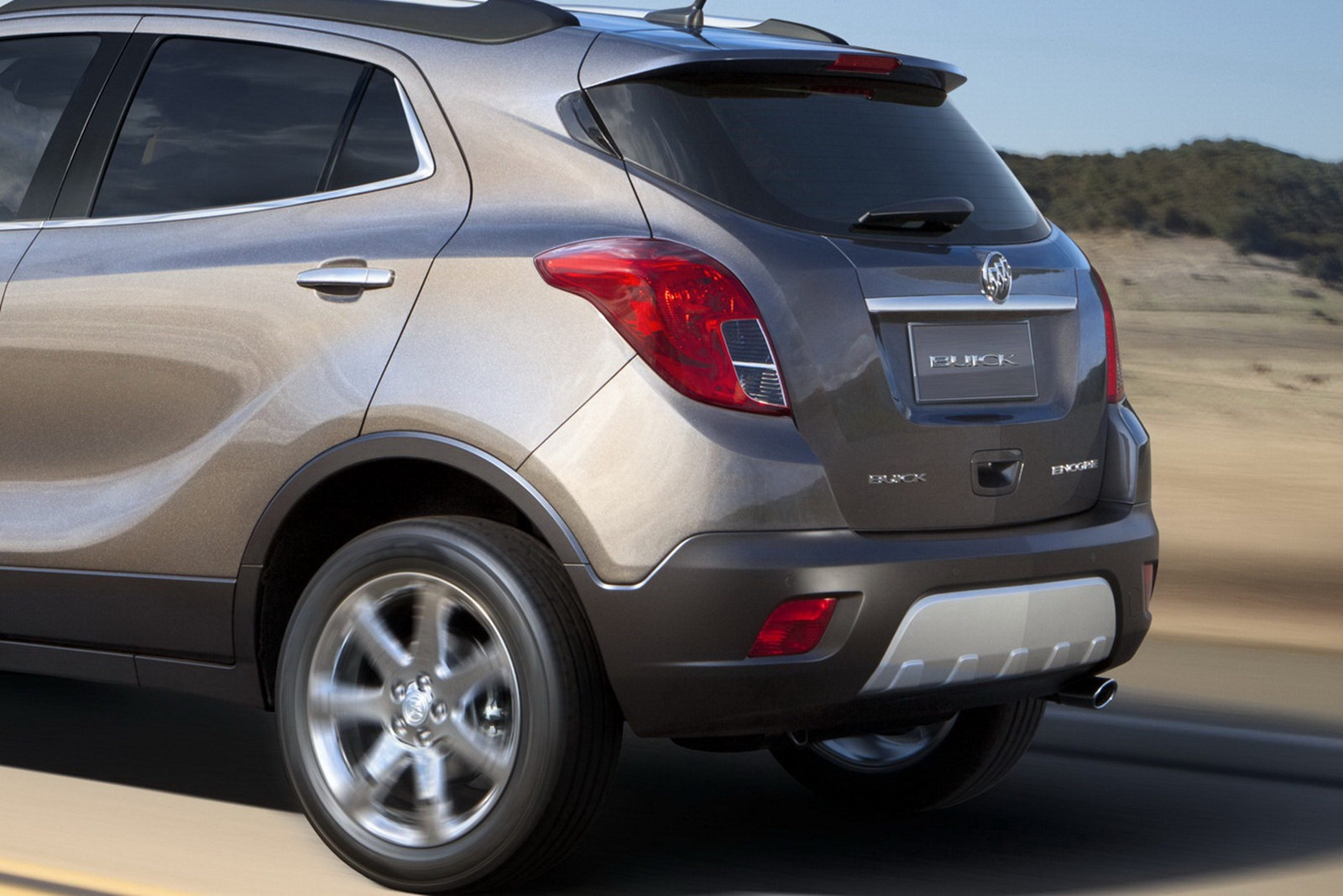 2013 buick encore is a nissan juke sized small crossover updated new cars. Black Bedroom Furniture Sets. Home Design Ideas