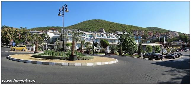 Центр поселка Святой Влас. Болгария.