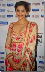 Sonam Kapoor Latest Hot Images @ 15th Mumbai Film Festival