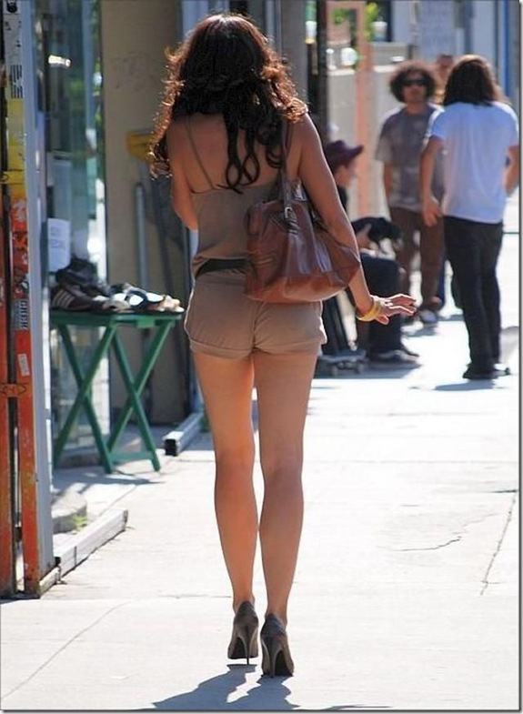 hot-girls-street-13