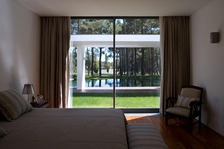 interiorismo-Casa-del-Lago-Arquitecto-Frederico-Valsassina_thumb[1]
