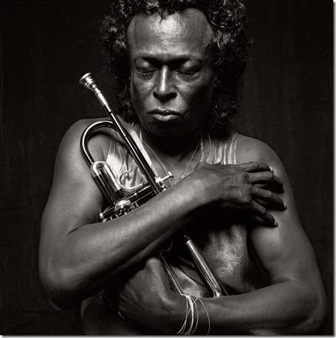 Miles Davis_by_Michel_Comte_for_PerLui_magazine_1989