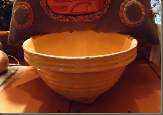 yellow bowl bobbie