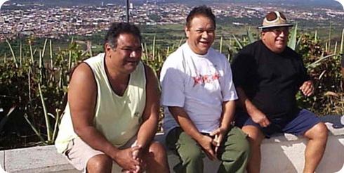 Na foto, Mauro Moraes, Dominguinhos e Luiz Ceará no Juazeiro do Norte