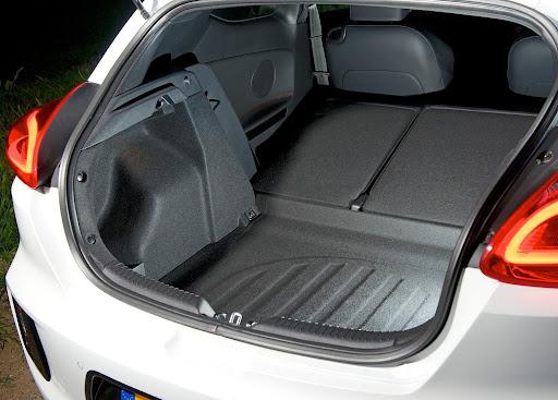 Yeni-Kia-Pro-Ceed-GT-2014-83.jpg