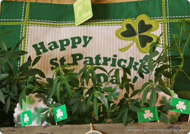 St. Patrick's Decor-Bargain Decorating with Laurie