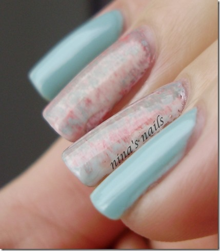 Essence that's what i mint   fan brush nail art.JPG 3