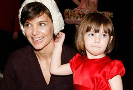 Katie Holmes & Her Daughter Suri In Convent Heart School