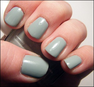Essie Who's the Boss Swatch